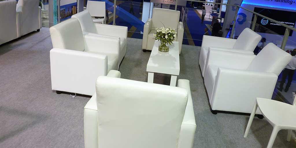 שולחן נמוך מאורך לבן